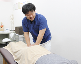 椎間板ヘルニアによる腰の痛みの治療